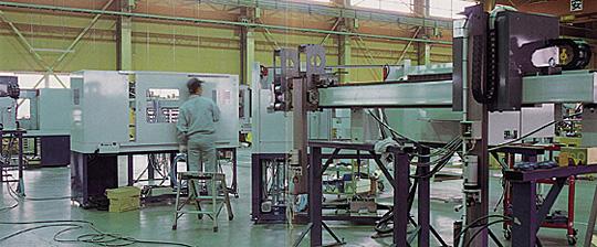センタリングマシンやガントリーローダー、オートローダーなど産業用ロボット・省力化機械の製造販売